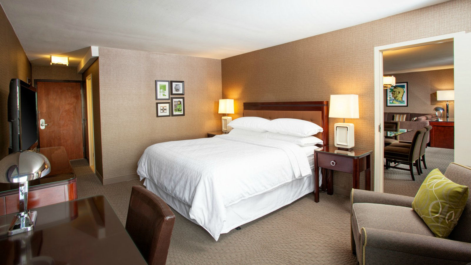 Sheraton Pittsburgh Airport Hotel Welcomes ServiceLink