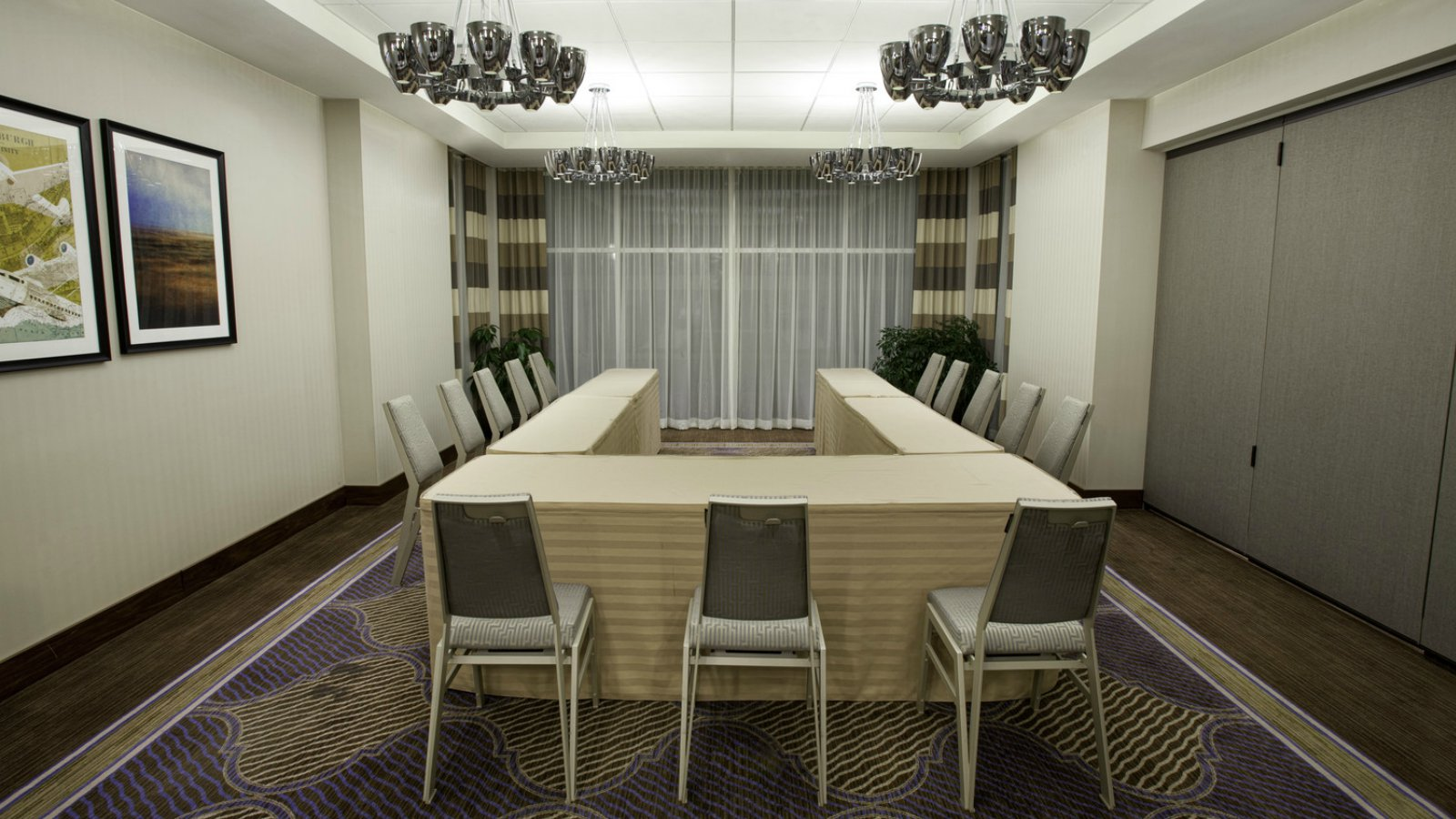 Sheraton Pittsburgh Airport Hotel - Equinox Meeting Room