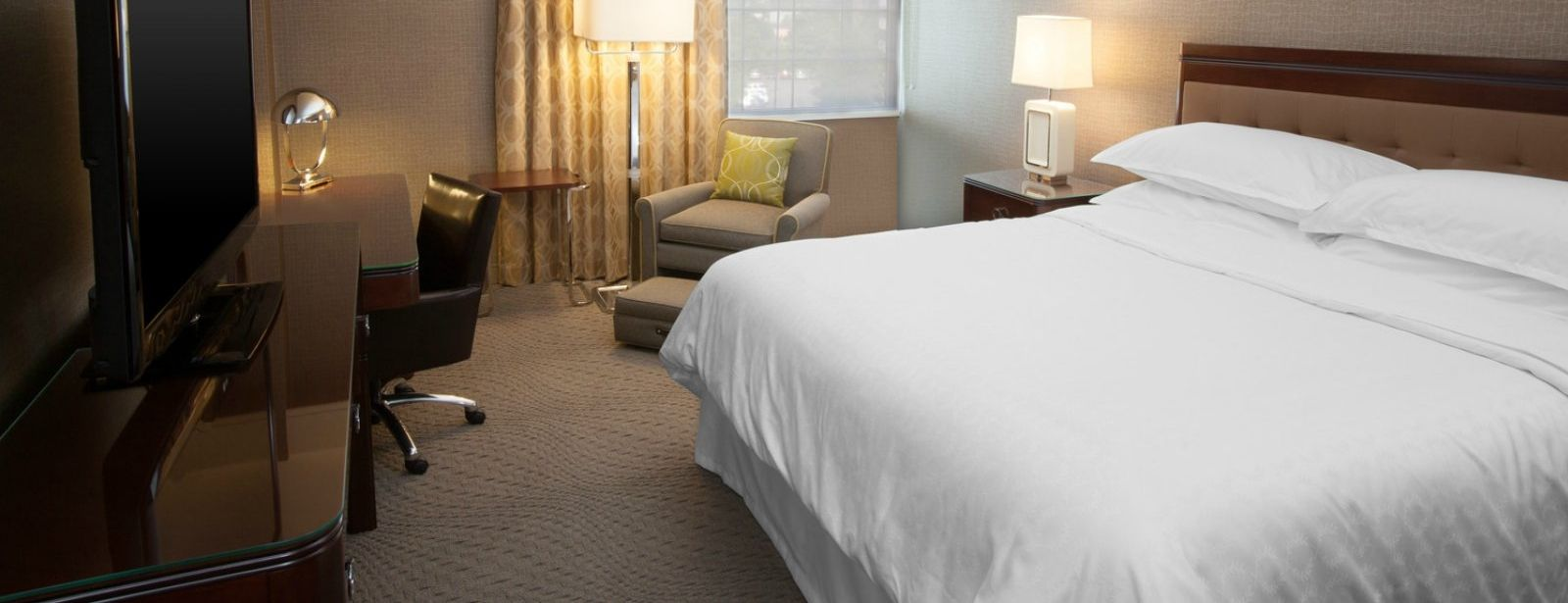 Pittsburgh Accommodations - Traditional King Guest Room